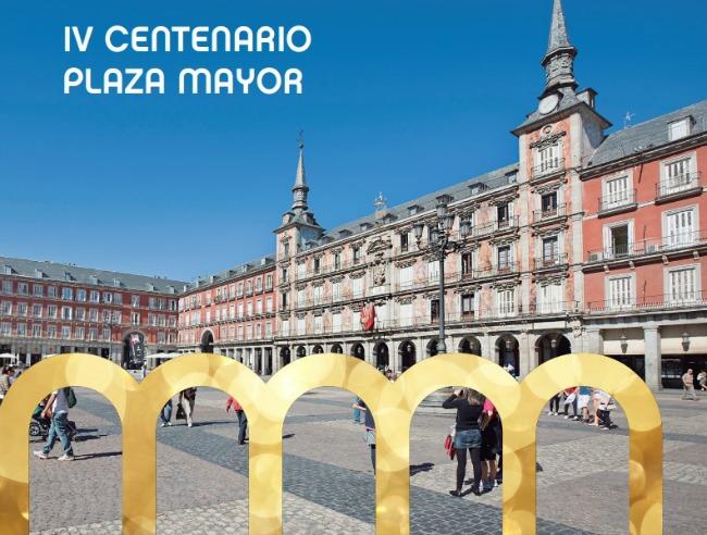 Planes en Pareja en la Plaza Mayor de Madrid